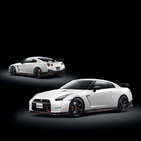 日産「GT-R ニスモ」