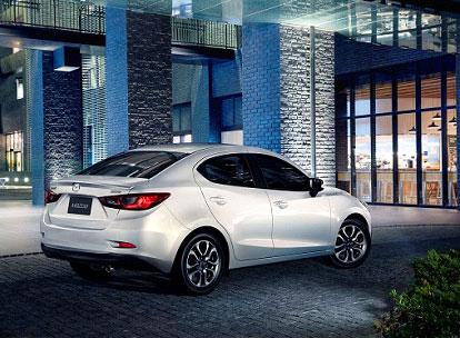 新型「Mazda2」(デミオ)セダン