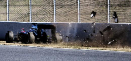 F1 マクラーレンホンダ クラッシュ